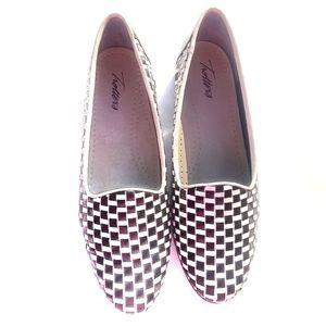 Trotters Liz Women's Flats Shoes Size 8.5M
